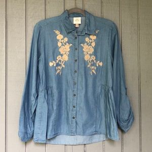 Knox Rose Embroidered Denim Button Down Shirt S